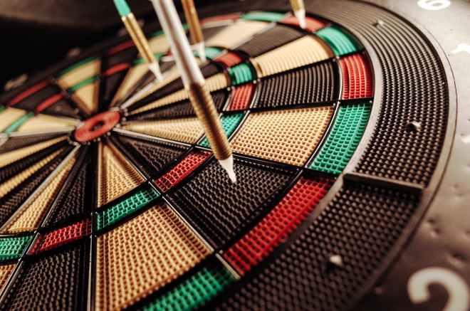 dart dartboard game precision